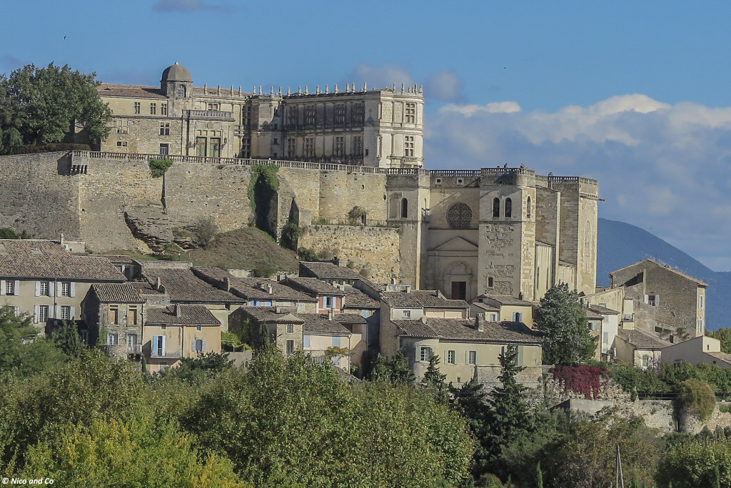 grignan-drome-provencale-ride-and-pics-24